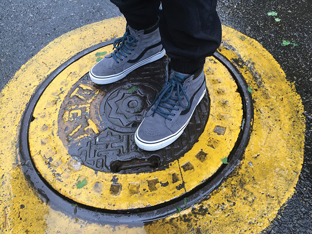 396bb61e46a6fd ho16 classics awmte standing on sewer hole apac.  ho16 awmte apparel footwear1 concrete. In the forthcoming collection